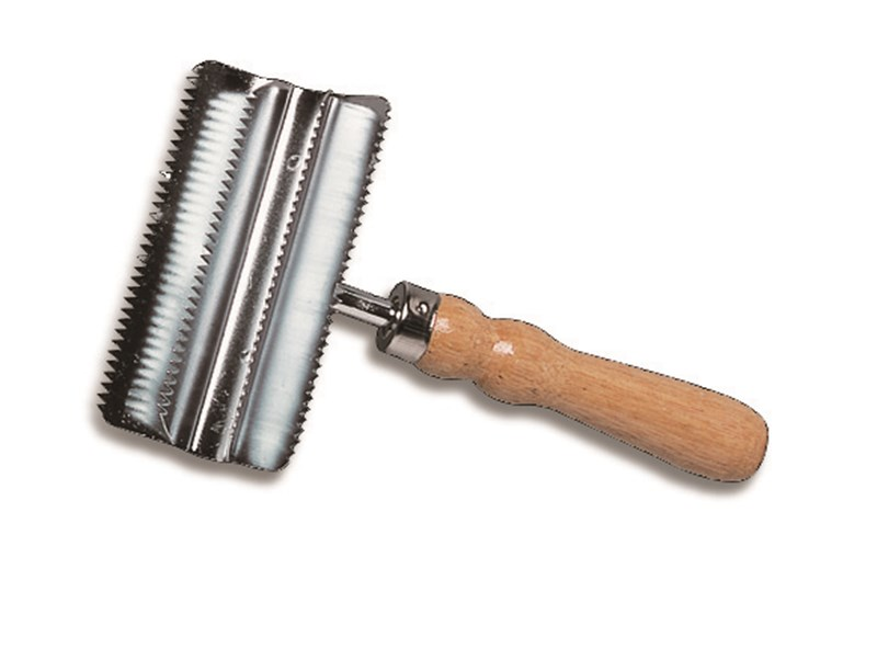 Cottage Craft Metal Curry Comb
