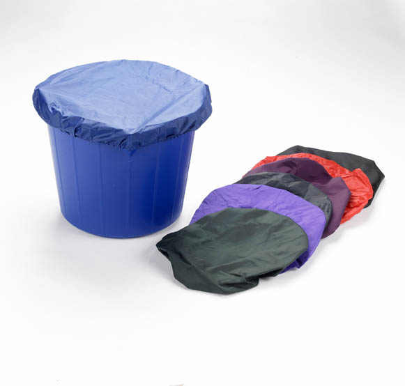 Lincoln Stable Bucket Cover