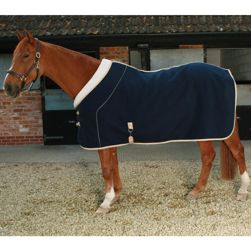 Delightful Mark Todd Deluxe Fleece Horse Rug